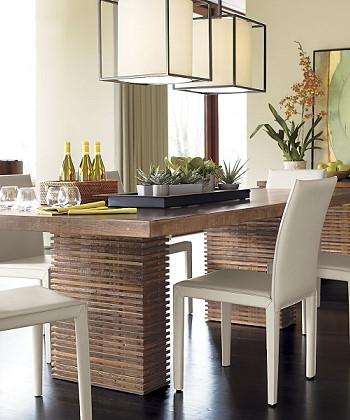 Обеденный стол из восстановленного дерева