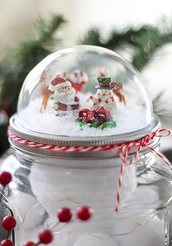 Снежный новогодний шар