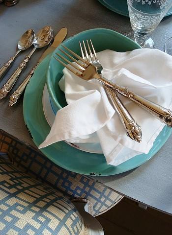 Вилки в тарелке