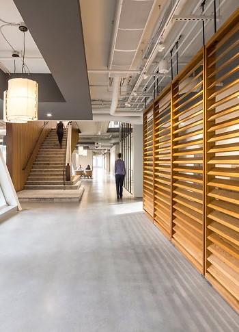 Дизайн офиса от SkB Architects