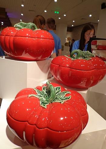 Интересный дизайн посуды