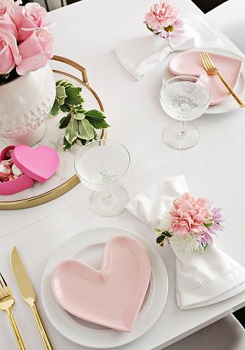 Декор стола на день Святого Валентина