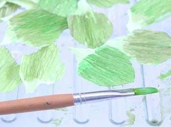 Акварельные краски для изготовления цветов из бумаги