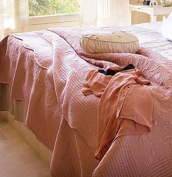Франция. Спальня