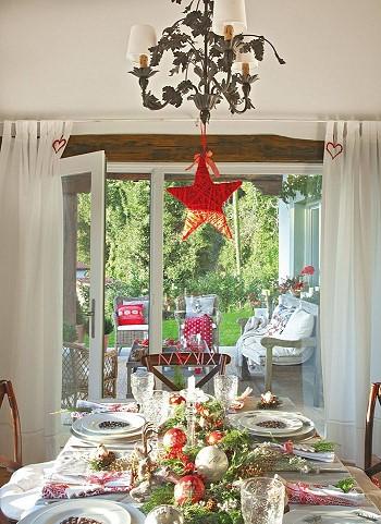 Как украшают стол на рождество в Испании