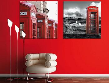 Постеры на красной стене