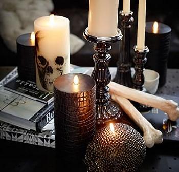 Свечи с черепами на Хеллоуин