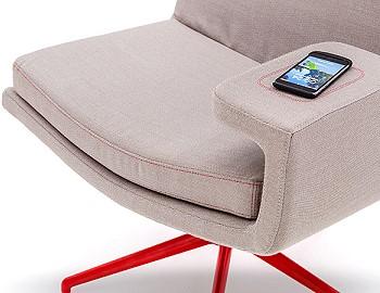 Кресло с держателем для планшета