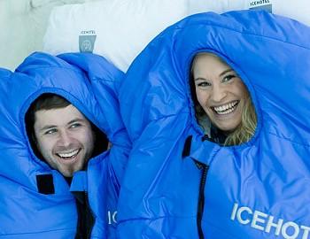 Спальники для ночевки в ледяном отеле