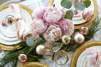 Розовый и золотой