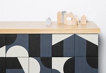 Плитка с геометрическим рисунком