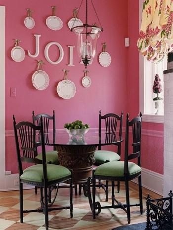 Розовый декор