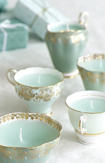 Свеча в чашке