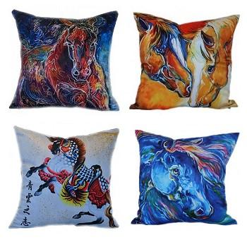 Подушки с лошадьми