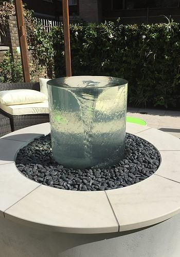 Дизайн фонтана для дачи